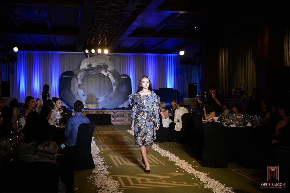 Biễu diễn sự kiện Hoa Phương Đông tại Opus Saigon