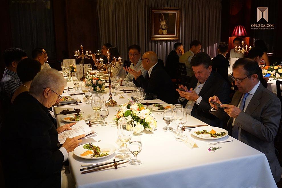 Khách Dùng tiệc Lamant wine dinner